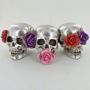 silver-day-dead-skull-rose-flower-decor