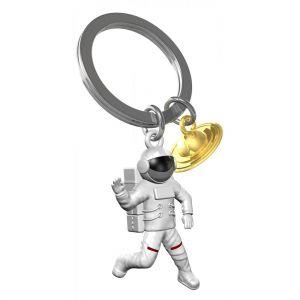 space-theme-keyring-astronaut-planet-metalmorphose