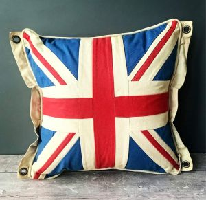 vintage-union-jack-flag-cushion-square