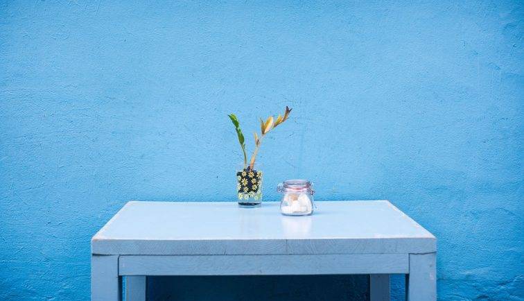 re-vamp your home with home decor accessories